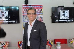 Nelson Bustamante, animador venezolano, apoyó la causa de Ayoudas en Panamá | Crédito: Mariana Cordero Alcalá
