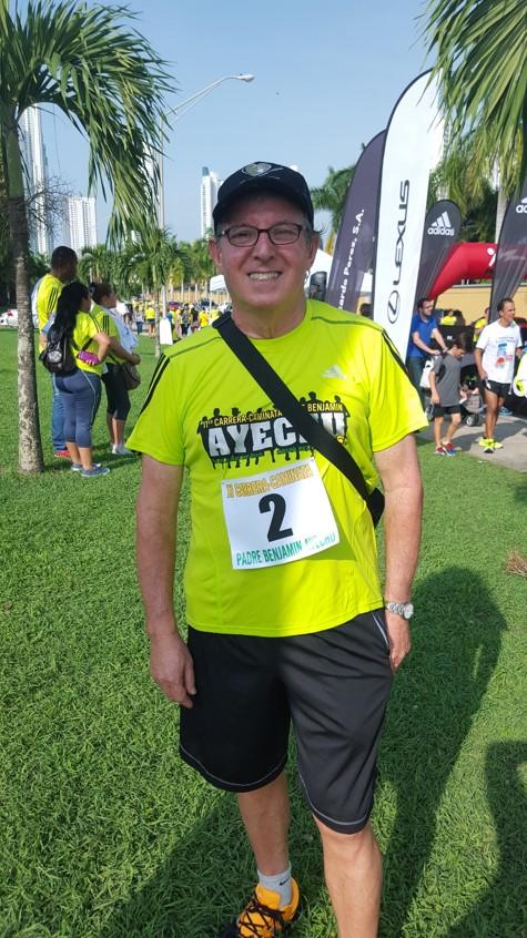 Padre Miguel Angel Ciaurriz portó la camiseta nro. 2 | Foto Aydana Ruiz