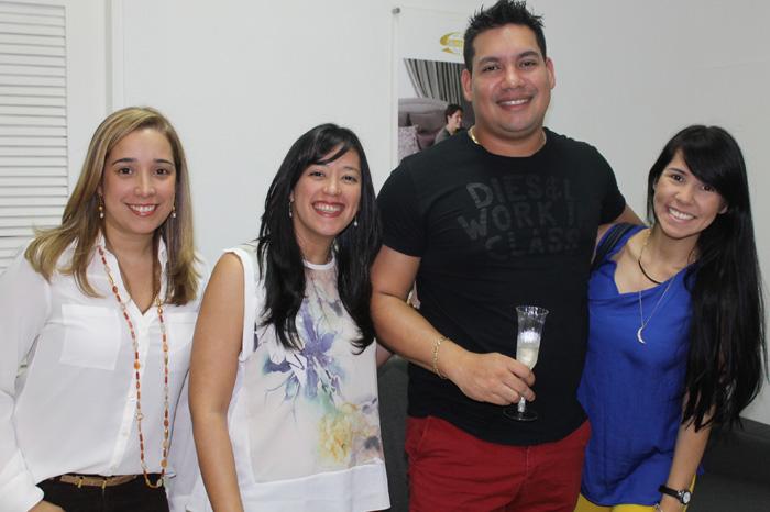 Betsy Vanpraag, Mariana Nava, Jose Yao y Katiuska de Yao