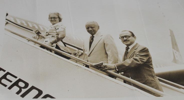 Los tratados los llevaba en sus manos a todos los viajes a Washington | Foto: MCA
