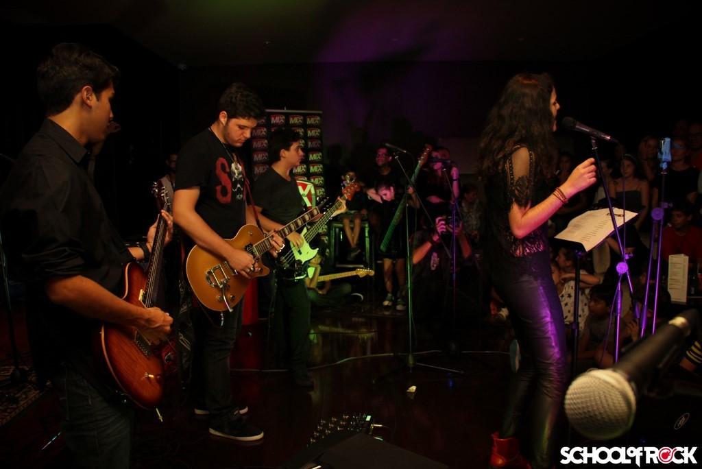 Más de 150 escuelas en el mundo bajo el respaldo de la franquicia School of Rock, avalan esta propuesta donde el foco es crear bandas de músicos y amigos.