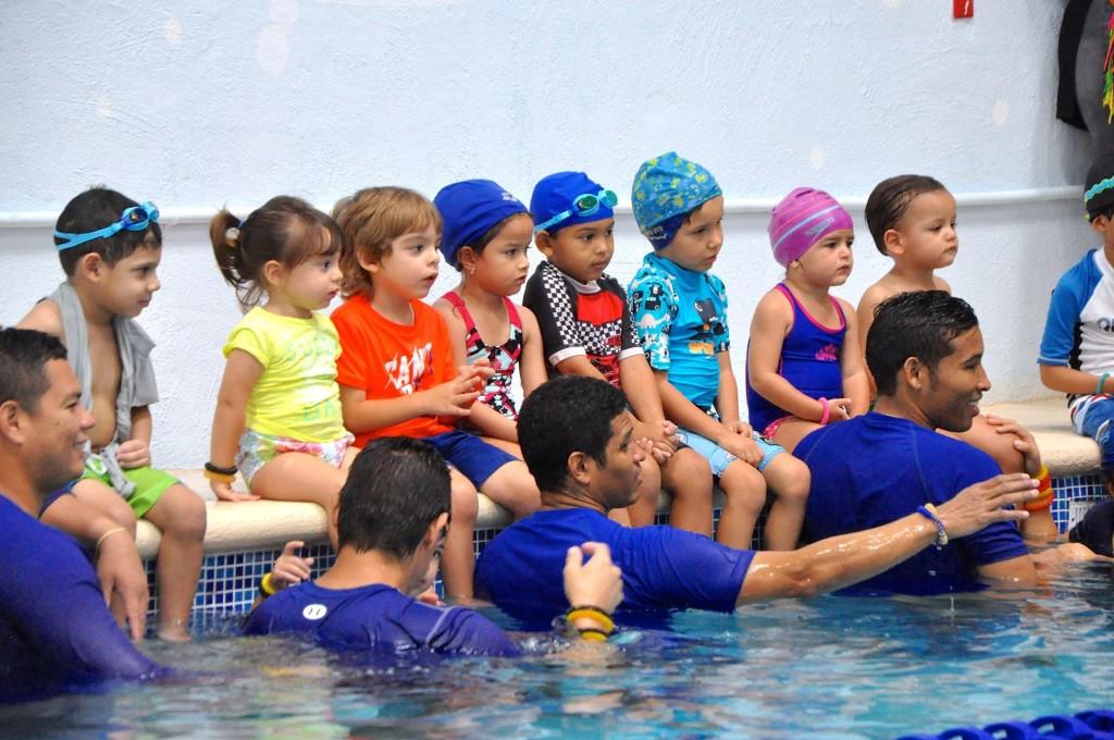 Aquatics está ubicado en la zona industrial de CDE y también ofrece clases los sábados.