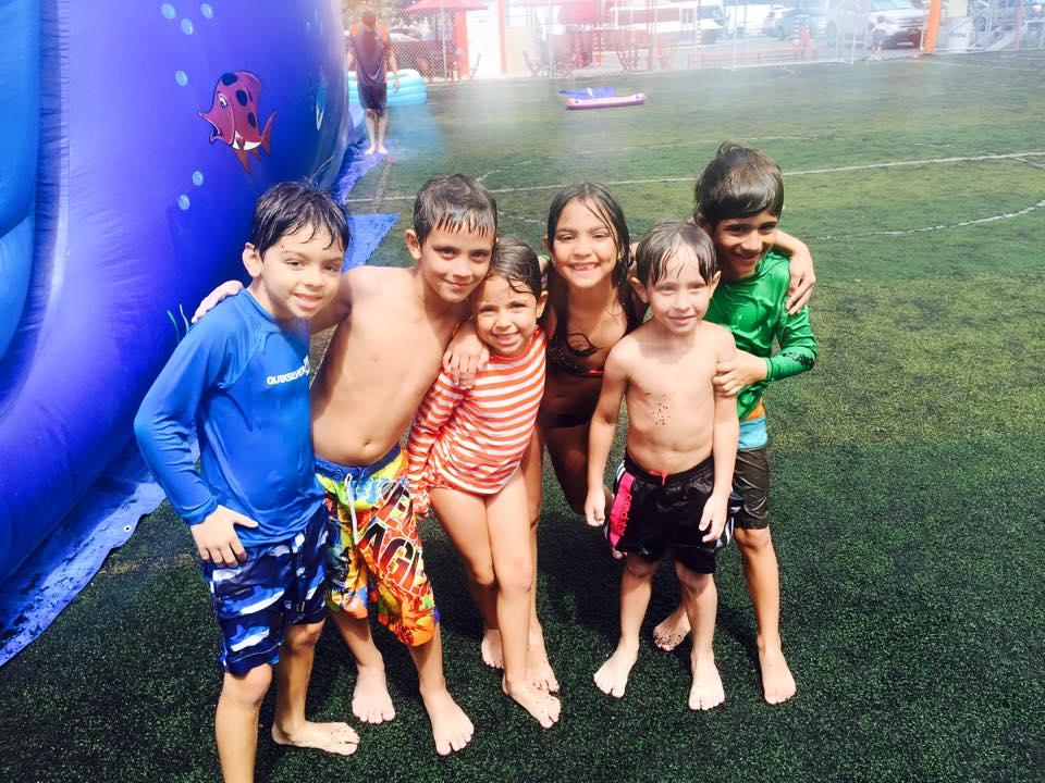 Futbol y mucho más encontrarás en el veranito divertido de Soccer Time.