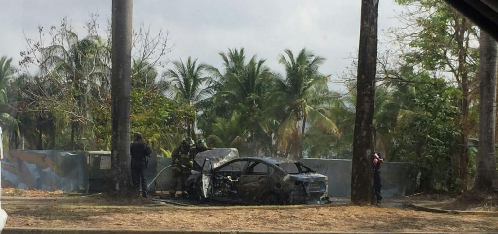 Así quedó el vehículo tras ser sofocadas las llamas | Foto: Hebert Riera