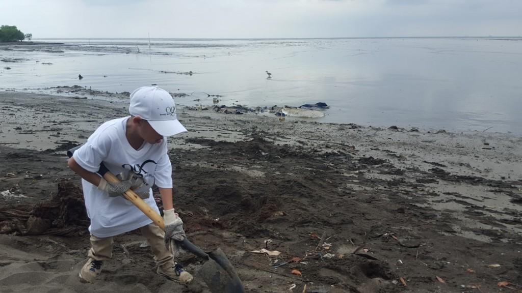 Inscríbete en la limpieza en playa@robamorena.com   Foto: AR