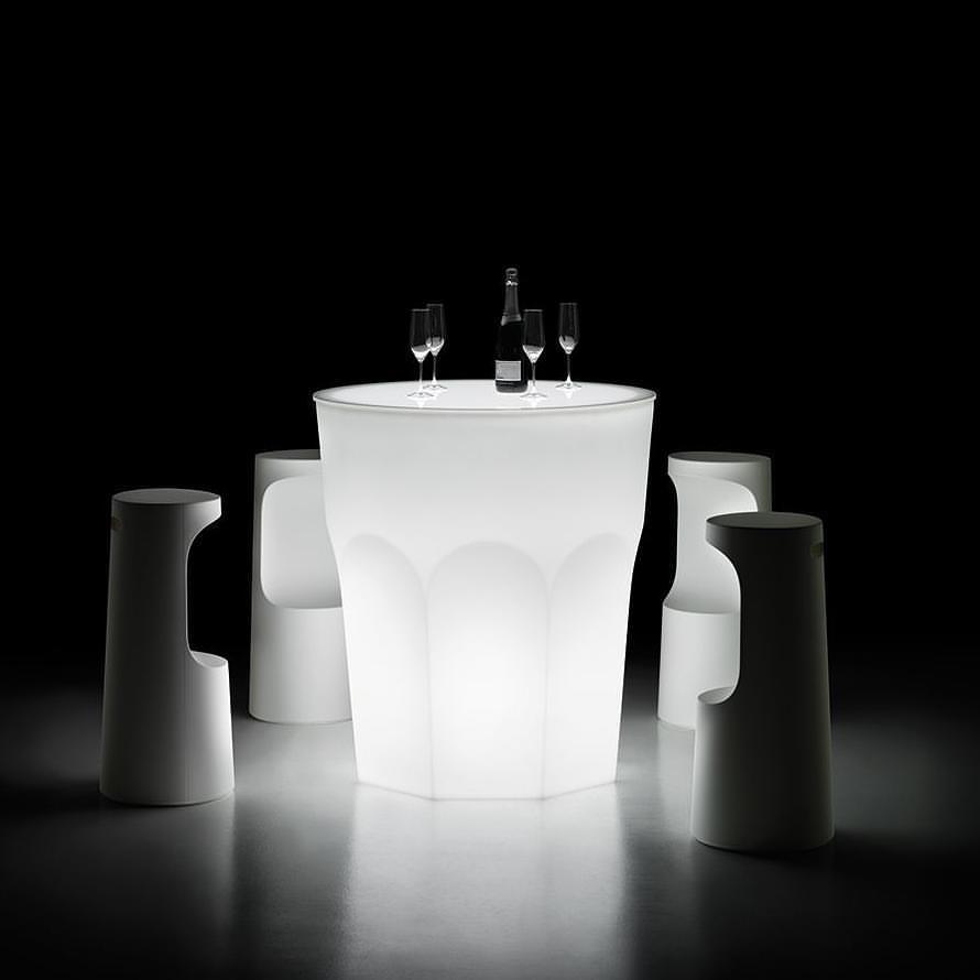 Cuba Libre Table Light de Plust collection.