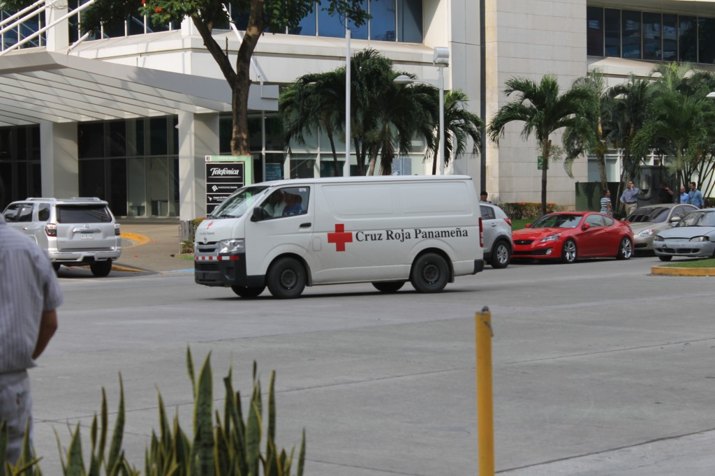 La Cruz Roja de Panamá se trasladó a los diversos centros de acopio para recibir y trasladar los insumos recolectados | Foto: Andreína Rodríguez