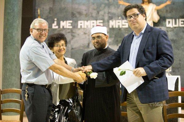 Juntos, máximos líderes en CDE de la iglesia católica y la religión judía, trabajan juntos en el entendimiento, la paz y la sana convivencia. También participan en labores sociales   Foto: AR