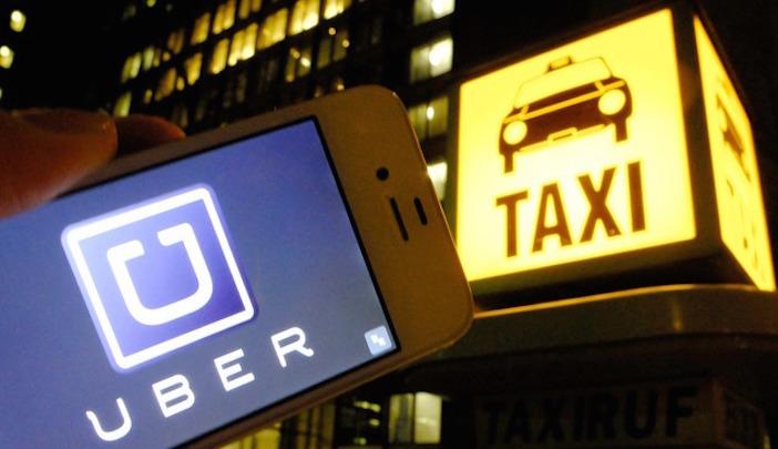 Los transportistas están en contra del servicio que ofrece la compañía Uber; mientras que los usuarios reclaman por el mal servicio de los taxistas | Cortesía