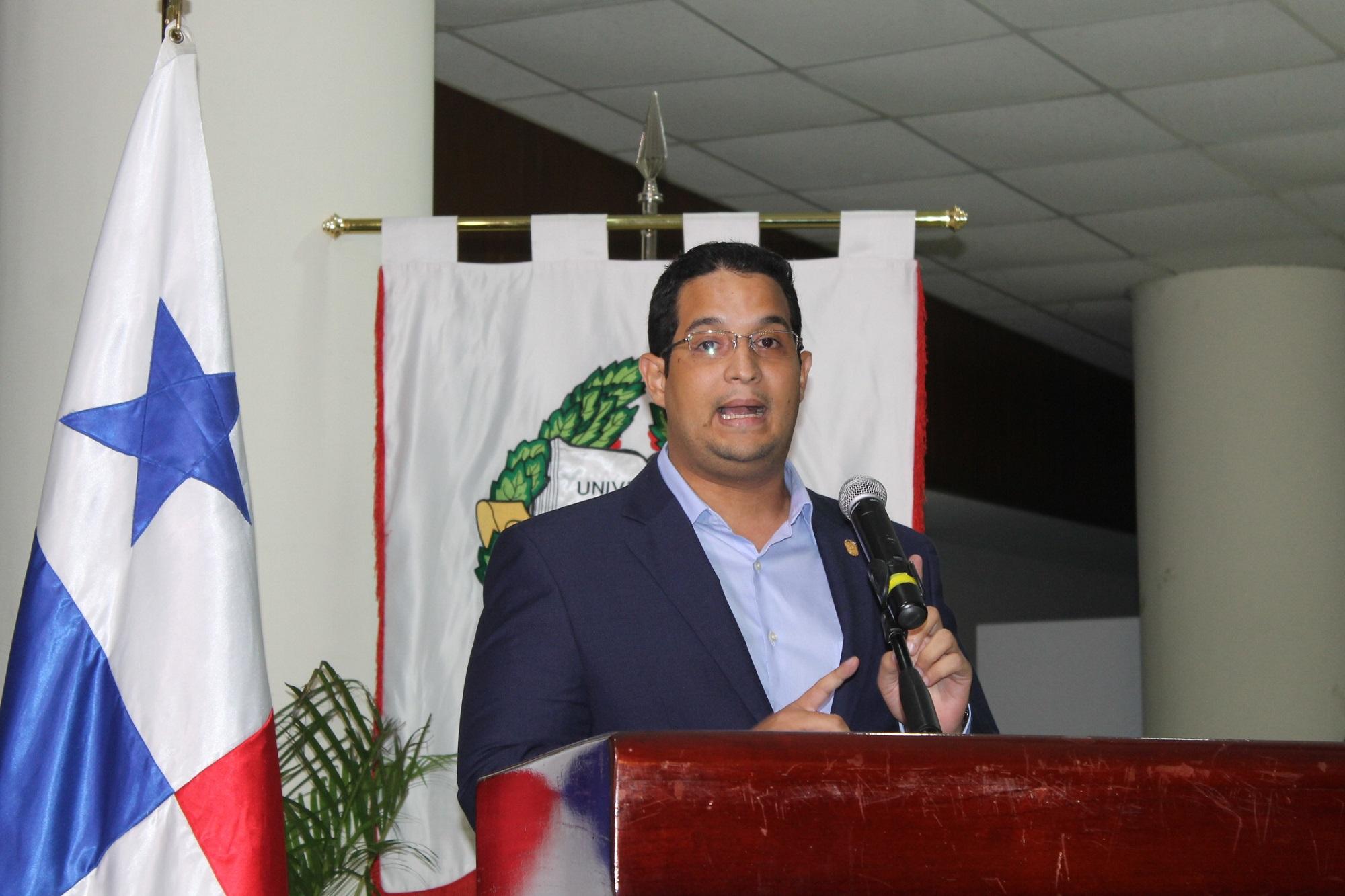 Erasmo Muñoz, director del Registro Público