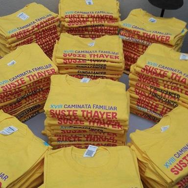 Los fondos obtenidos por la venta de las camisetas van directamente a FUNDACANCER
