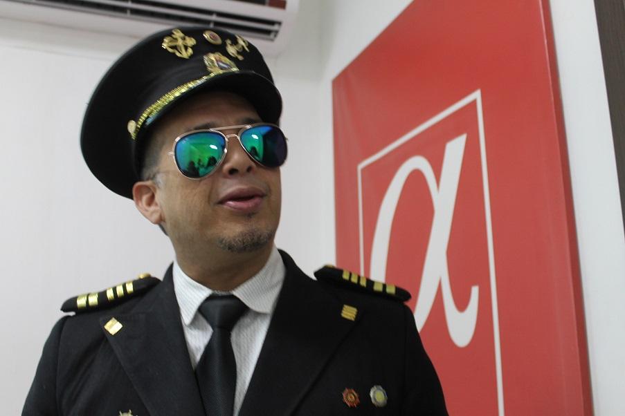 Capitán Nemo, en su segunda edición de Cero Maricoteo en Panamá, visitó la sala de redacción de Alpha Grupo Editorial