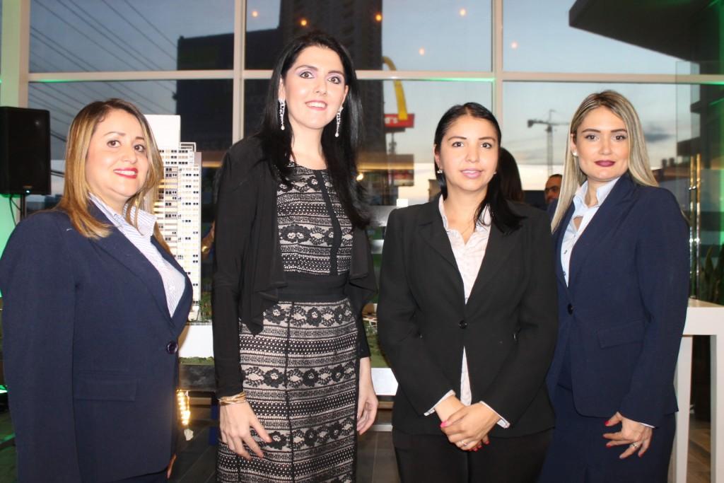 Marlene Molina, Ariela Sultán, Evelyng Cortez y Paula Andrea Jaramillo, equipo de ventas de Pacific Hills
