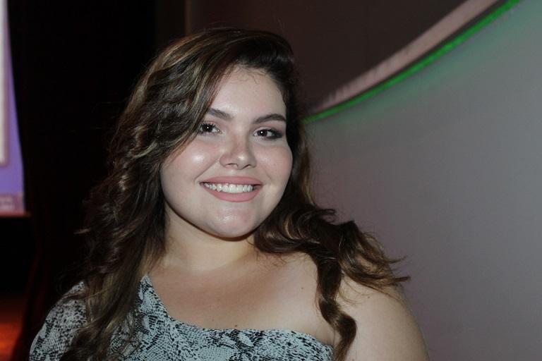 Daniela Calvo, estudiante de Comunicación Social de la USMA colaboró con las privadas de libertad ofreciéndoles talleres de edición y maquillaje.