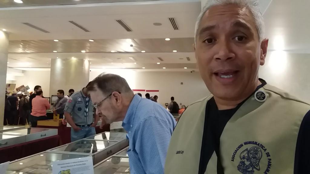 Eduardo Lay, organizador de la Feria de Colecciones y miembro de la Asociación Numismática de Panamá