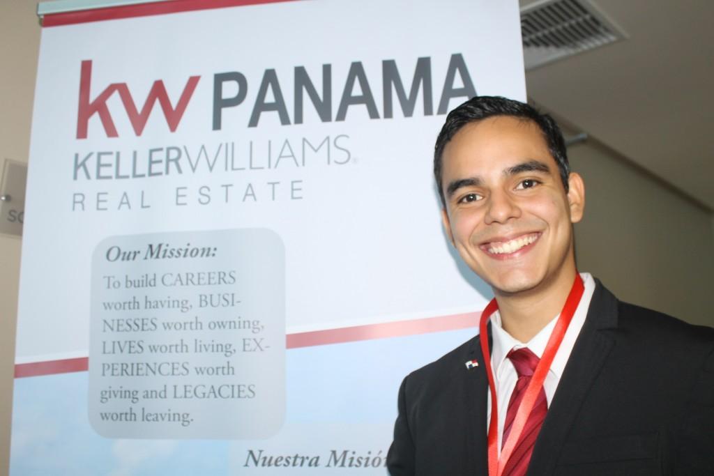 Francisco Javier Vásquez Sánchez, CEO y Team Leader de KW Costa del Este.