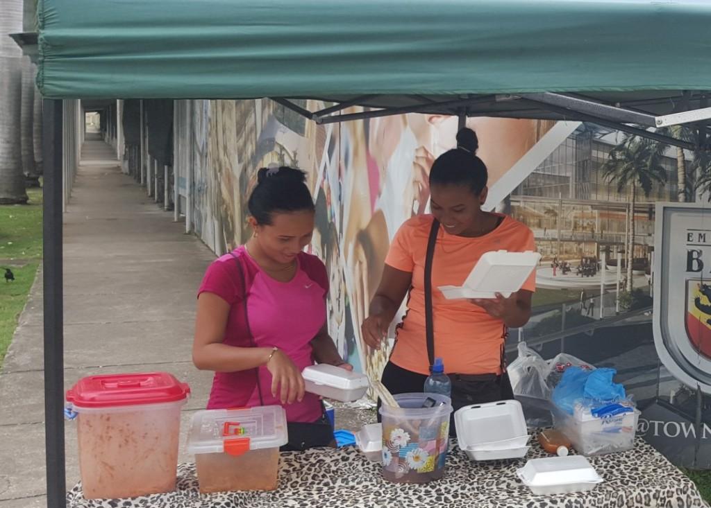 Los vendedores de comida serán reubicados en una zona en la que causen el menor impacto posible a la comunidad.